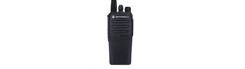 MOTOROLA CP200D VS CP200 TWO-WAY RADIO